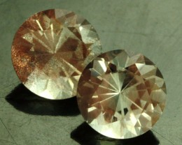 2.15 CTS CERTIFIED OREGON SUNSTONE PAIR [LBO42]