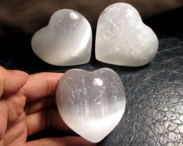 946 CTS PARCEL 3 SELENITE HEARTS    GG 117