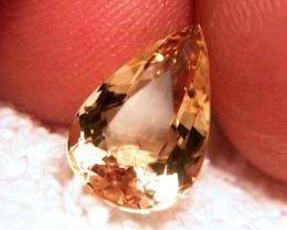 Pear Cut VVS1 4.0 Carat Brazilian Golden Beryl - Beautiful
