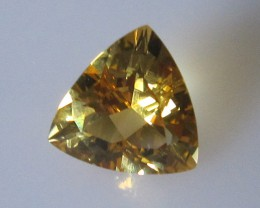 Light Golden Yellow Citrine Trillion Shape, 1.75cts