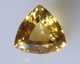 2.98cts Golden Yellow Citrine Trillion