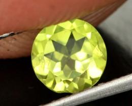 0.78 CTS BRIGHT OLIVE GREEN PERIDOT [SB872]