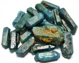 195.00 CTS LARGE ROUGH  APATITE PARCEL [FLA97]