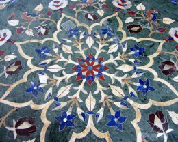 HUGE GREEN  120 cm  BEAUTIFUL MARBLE TABLE  INLAID GEMS