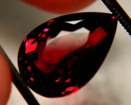 10.53 Carat VVS1 Spessartite Garnet - Gorgeous