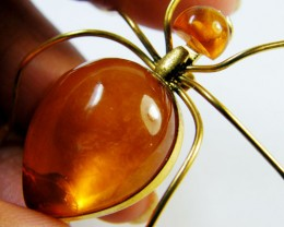 RUSSIAN AMBER HONEY ANT BROOCH 14K GOLD PLATED GWE 81-2