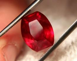 9.06 Carat VS Pigeon Blood Ruby - Superb