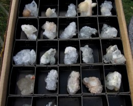 2.38 KILO 30  MIXED CRYSTAL SPECIMENS IN TRAY MS 1870