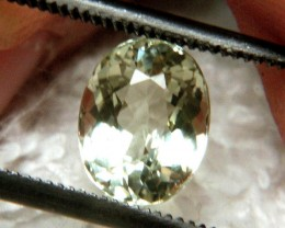 1.30 Carat IF/VVS1 Beryl Beauty / Greenish Gold Color