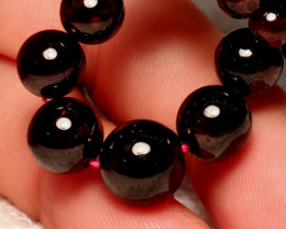 16 1/2 In Gorgeous African Garnet Strand, 183tcw. 5,5mm x 15