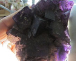 0.480 KILO    NATURAL  FLUORITE SPECIMEN  MS 1977