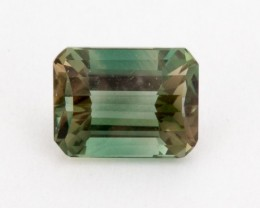 2ct Oregon Sunstone, Green Rectangle (S1636)