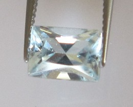 0.90cts Natural Aquamarine Radient Baguette Cut