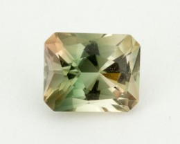 2.2ct Oregon Sunstone, Green/Champagne Rectangle (S1606)