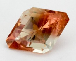 2.7ct Oregon Sunstone, Red/Champagne Kite S47