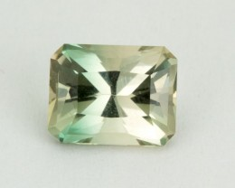 2.2ct Oregon Sunstone, Champagne/Green Rectangle S1608