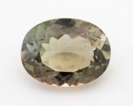 3.5ct Oregon Sunstone, Green/Champagne Oval (S1358)