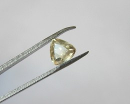 0.75ct WONDERFUL TRILLION FACETED BERYL HELIODORE GEM AFRICA EL1