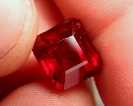 9.56 Carat VS2 Ruby - Fiery and Beautiful