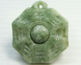 23 CTS BURMA JADEITE -MIDDLE PIECE MOVES  MJA 164