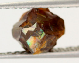 2.28 CTS RARE RAINBOW GARNET SPECIMEN  FROM JAPAN [MGW3625