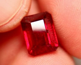 6.63 Carat VS2 Fiery Pigeon Blood Ruby - Superb