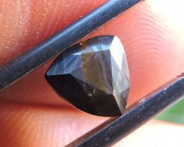 2.10ct TIGER IRON TRILLION FACETED SPECIMEN GEMSTONE FROM AUSTRALIA