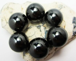 100   GRAMS 6  MAGNETIZED HEMATITE STONES  GG 1288