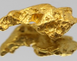 100% NATURAL AUSTRALIAN GOLD NUGGET 1.42 GRAM