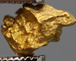 100% NATURAL AUSTRALIAN GOLD NUGGET 0.395 GRAM