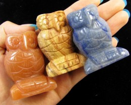 1080 Cts 3 Owl  carved in Beautiful Jaspers GG 1355