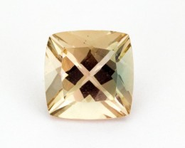 2.7ct Oregon Sunstone, Champagne (S2253)