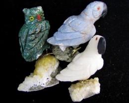 Parcel Threeparrot n Owl Bird carvings Peru  AGR 502