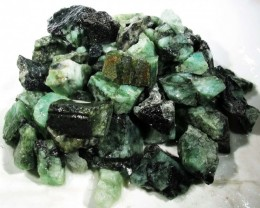 100 Grams Parcel  Brazil Emerald Rough RB15