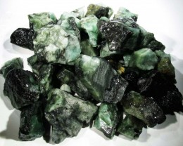 150 Grams Parcel  Brazil Emerald Rough RB17