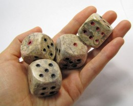 910 CTS TWO PAIR PAIR DICE IN MOROCCAN SEA FOSSIL MYGM 1658