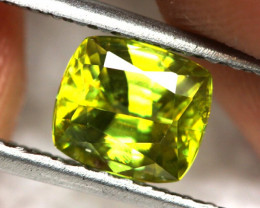 1.52 cts Yellow / Green Sphene (Titanite) (RSP23)