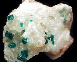 103 CTS RARE EMERALD GREEN DIOPTASE FROM KAZAKHSTAN MGW4047