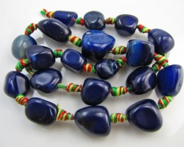330  Cts Blue col    Agate  Strand Beads   GG 1967