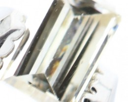 STUNNING STRAIGHT BAGUETTE CHAMPAGNE NATURAL DIAMOND 0.09Cts