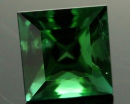 2.00 cts CERT  Green Tourmaline - Ideal Cut (TMG79)
