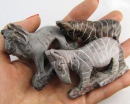 0.166 KiloThree AfricanWild  Animal Carvings  GG 2251