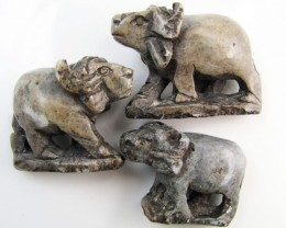 0.214 KiloThree African Wild Buffalo  Carvings  GG 2254