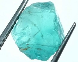 10.50 cts APATITE FACETING ROUGH  PG-419