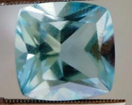 9.95ct Pure and Bright Sky Blue Princess Cut Topaz VVS TH209