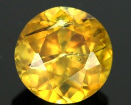 2.52 cts Yellow / Green Sphene (Titanite) (SPY26)