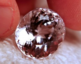 CERTIFIED - 31.92 Carat Himalayan VVS1 Pink / White Kunzite