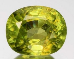 Sparkles with Brilliance BrightYellow Green Sphene RS33/3