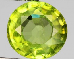 Sparkles with Brilliance Bright YellowGreen Sphene VSRS33/6