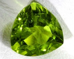 PERIDOT FACETED STONE 2.3 CTS TBG 661